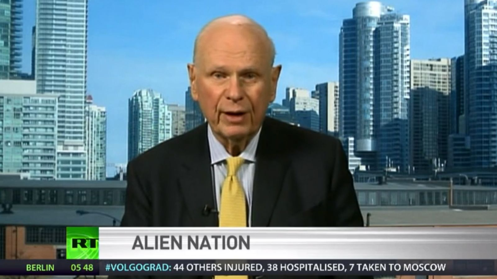 """""""At Least 4 Known Alien Species Have Been Visiting Earth For Thousands Of Years"""" Ex Canadian Defense Minister Continues To Blow The Whistle"""