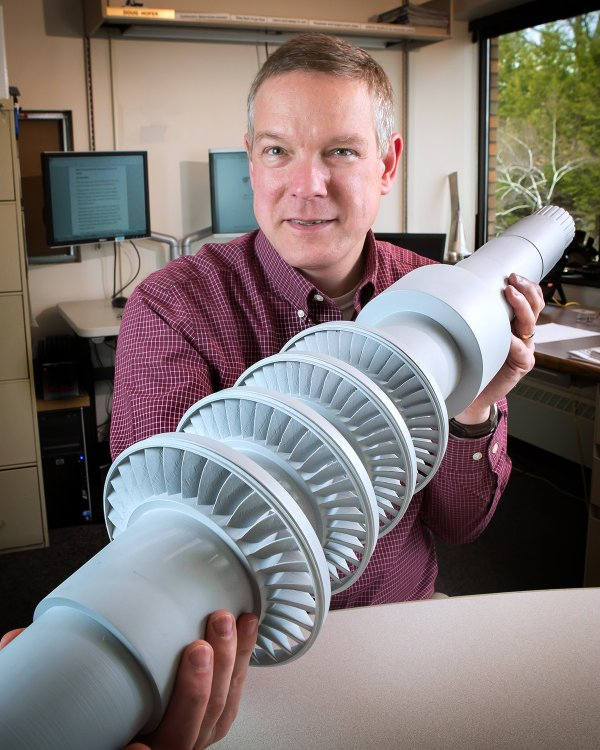 This Desk-Size Turbine Produces Electricity from Carbon Dioxide and Can Power 10,000 Homes! Carbon-dioxide-turbine-2