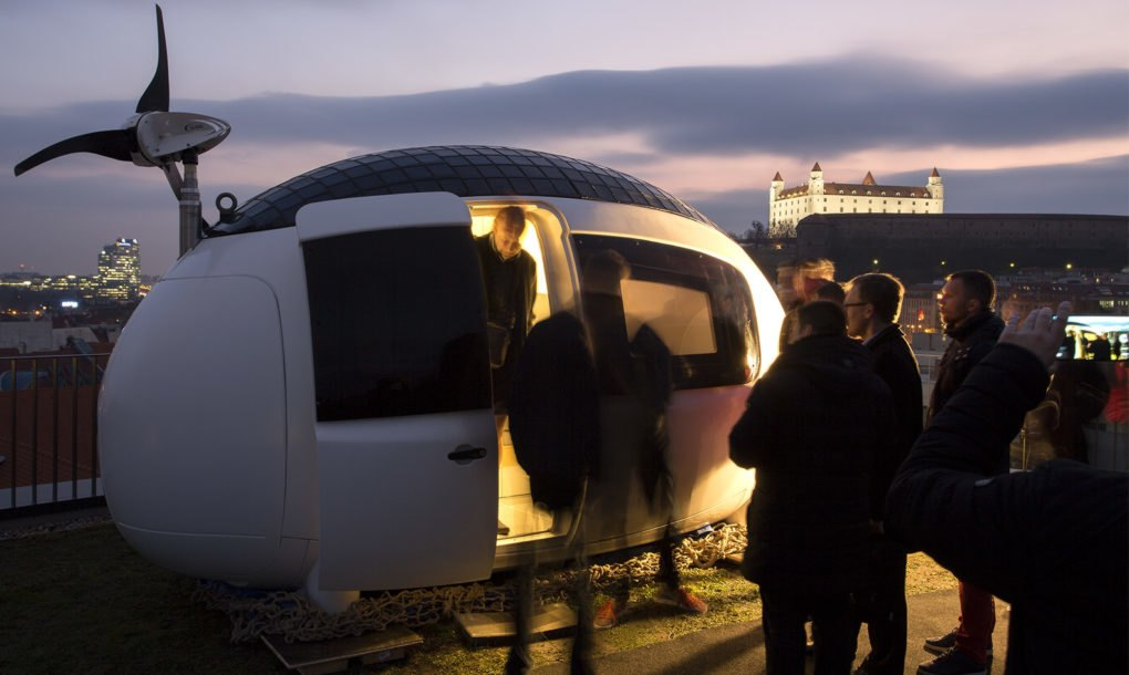 Off Grid Egg Shaped Ecocapsule Has Finally Hit The Market