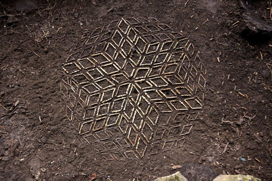 Artist Spends Hours Creating Natural Mandalas, And He's Hoping You Will Find Them James-Brunt-Nature-Mandalas-12