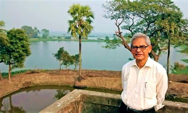 Natural Wetland in India Filters 198 Million Gallons of Waste Every Day Without Chemicals East-Kolkata-Wetlands-6