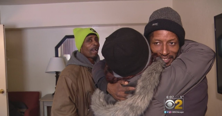 Meet the Woman Who Rented Hotel Rooms for the Homeless During Chicago's Deep Freeze Candice-payne-hotel-homeless